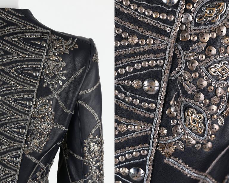 OSCAR de la RENTA A/W 2006 Navy Leather Royal Embellished Jacket Blazer Size 4 For Sale 3