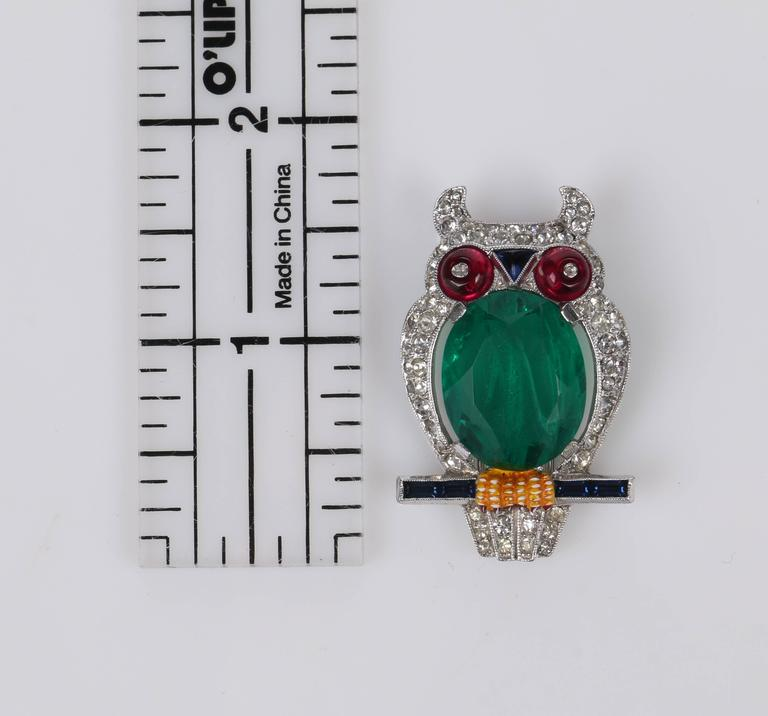 c.1941 CROWN TRIFARI Alfred Phillipe Emerald Owl Jelly Belly Fur Clip Brooch For Sale 6