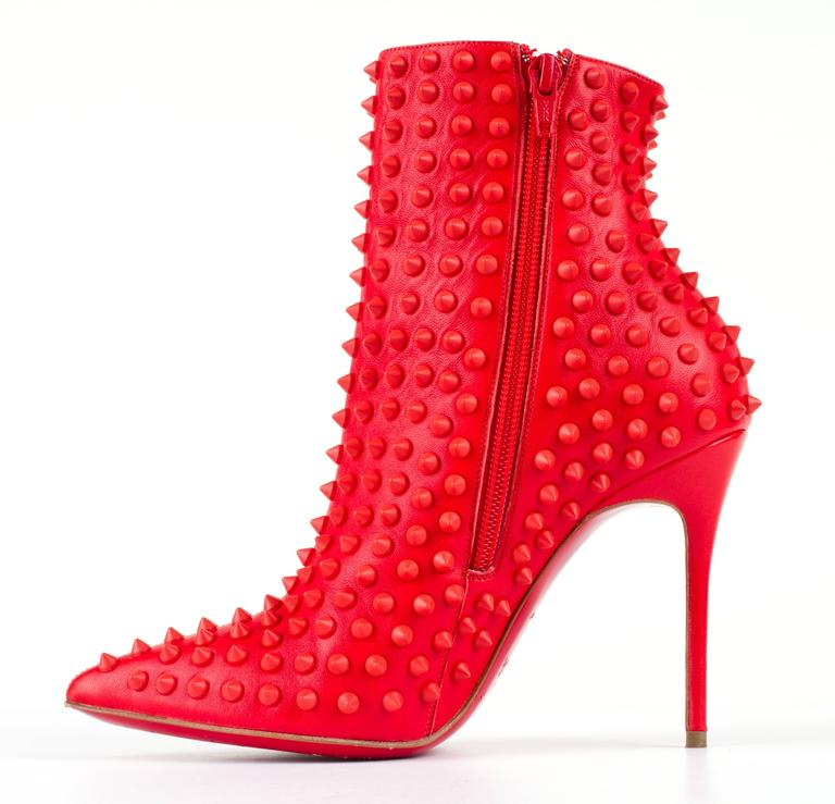 "CHRISTIAN LOUBOUTIN ""Snakilta"" Corazon Red Spike Leather Ankle Boots Booties 36 2"