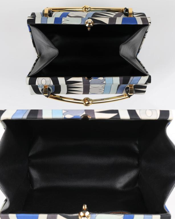 1960s EMILIO PUCCI Blue Signature Print Silk Structured Box Purse Handbag  For Sale 2