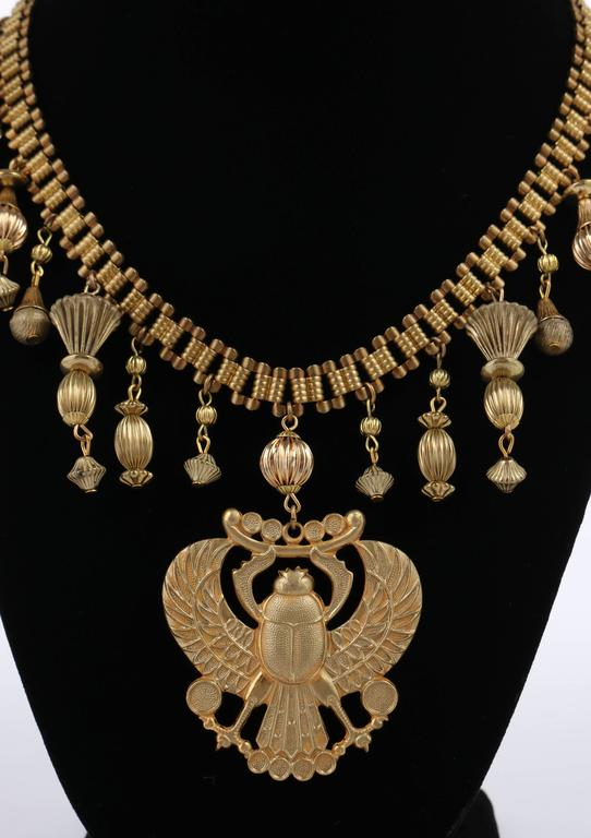 MIRIAM HASKELL 1970s Gold Chain Winged Scarab Egyptian Etruscan Pendant Necklace In Excellent Condition For Sale In Thiensville, WI
