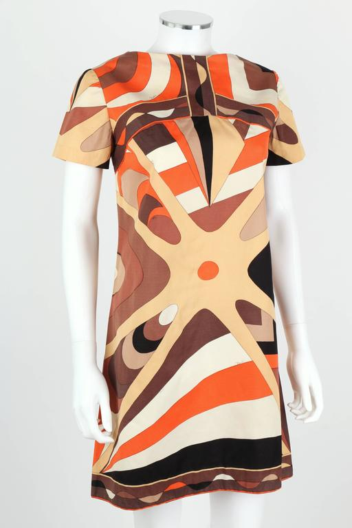 EMILIO PUCCI 1960s Brown Op Art Signature Print Short Sleeve Shift Dress Size 10 2