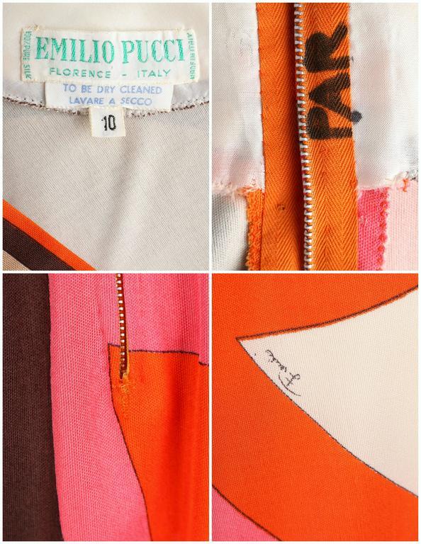 EMILIO PUCCI c.1960s Orange Abstract Signature Print Jersey V-Neck Dress Size 10 For Sale 6