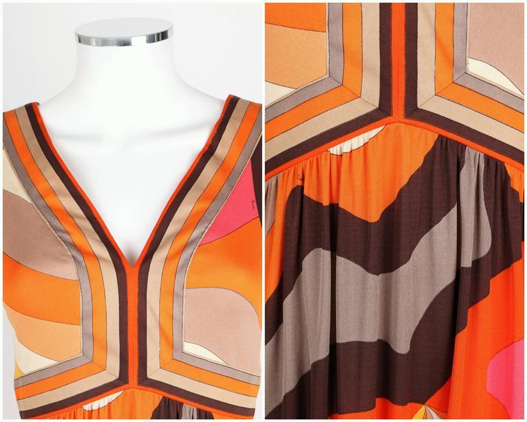 EMILIO PUCCI c.1960s Orange Abstract Signature Print Jersey V-Neck Dress Size 10 For Sale 2