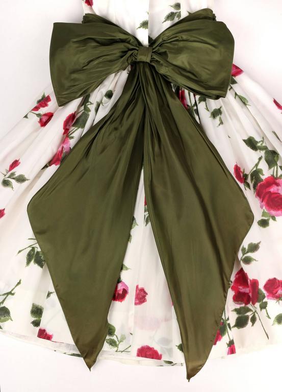 1950s Rose Garden White Floral Classic Green Taffeta Bow Tea Length Party Dress 8