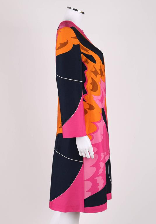 HENAE MORI 1970s Pink Orange Multicolor Abstract Print Long Sleeve Shift Dress In Excellent Condition For Sale In Thiensville, WI