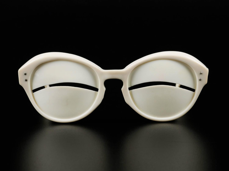 Nude Glasses Pics