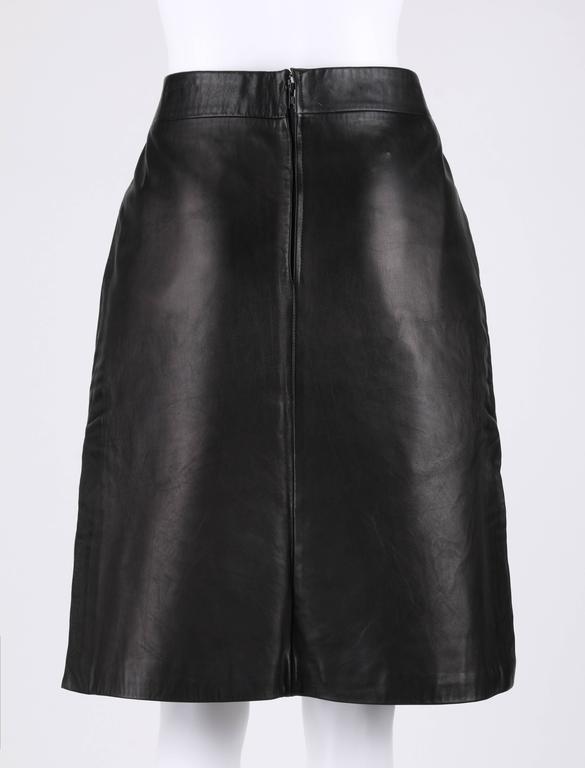 PIERRE CARDIN c.1970's Black Genuine Leather Deer Applique A-line Skirt Size 12 4