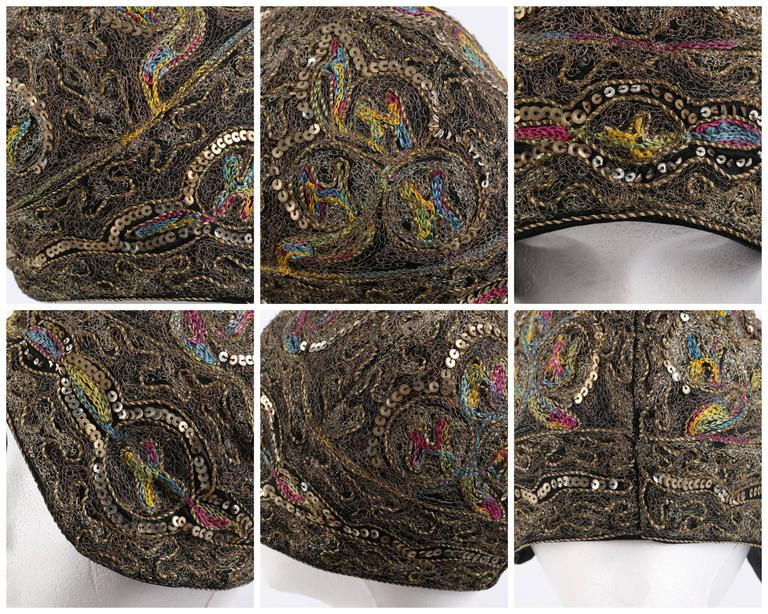 COUTURE c.1920s Metallic Gold Embroidered Sequin Silk Flapper Cloche Evening Hat For Sale 4