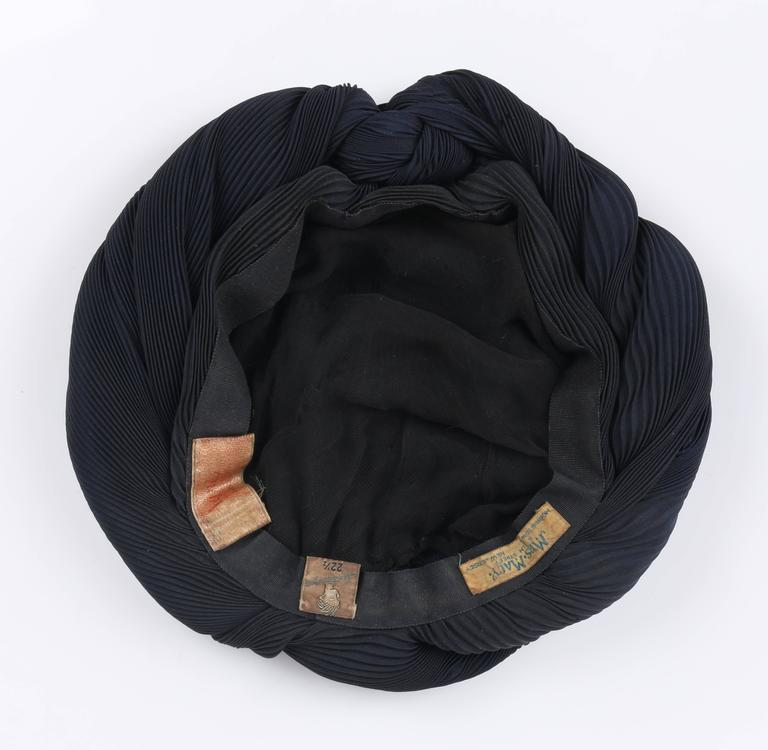 MADAME AGNES c.1930's Midnight Navy Blue Plisse Pleat Silk Turban Dinner Hat For Sale 1