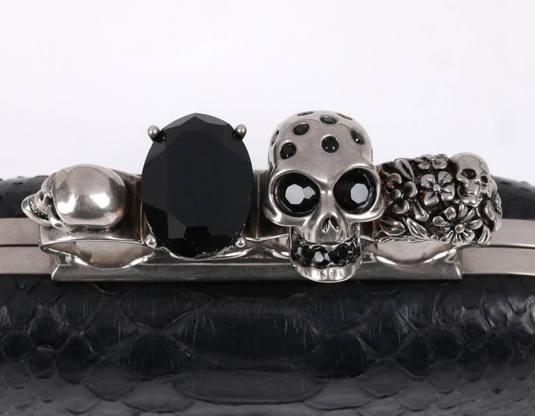 ALEXANDER MCQUEEN S/S 2010 Black Genuine Python Skull Knuckle Duster Box Clutch For Sale 4