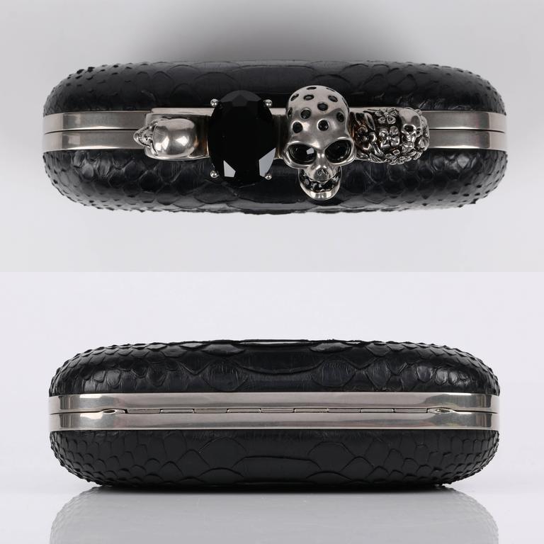 ALEXANDER MCQUEEN S/S 2010 Black Genuine Python Skull Knuckle Duster Box Clutch 6
