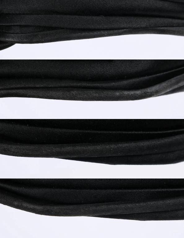 BELART Paris c.1920's Black Wool Felt Satin Feather Pom Pom Flapper Cloche Hat 8