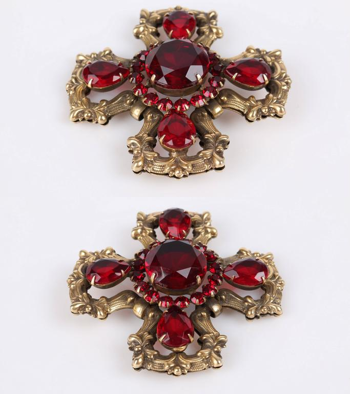 c.1940's Maltese Cross Brass Ruby Red Faceted Cut Glass Open Work Brooch Pin 8