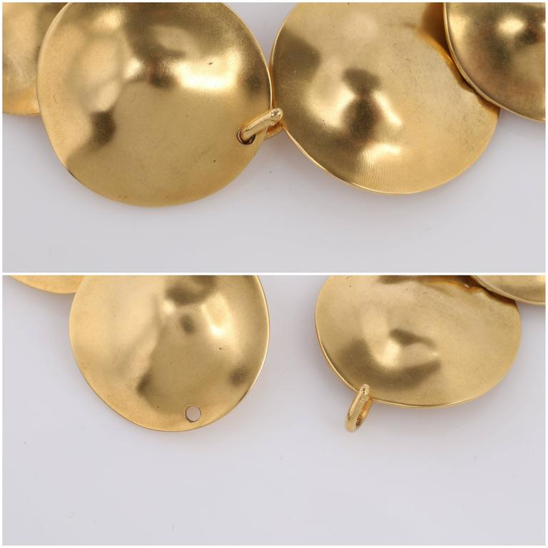 ROBERT LEE MORRIS c.1980's 24K Gold Plated Brass Sculpted Disc Art Wear Necklace For Sale 5