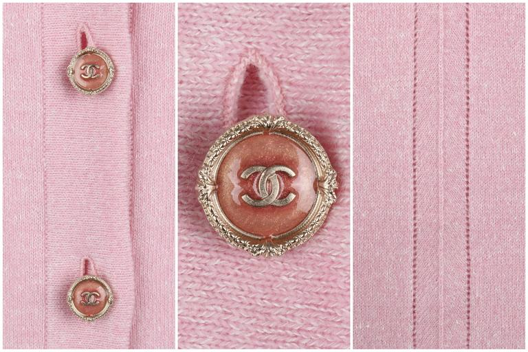 CHANEL Resort 2013 Light Pink Cashmere Linen 3/4 Sleeve Knit Cardigan Sweater For Sale 4