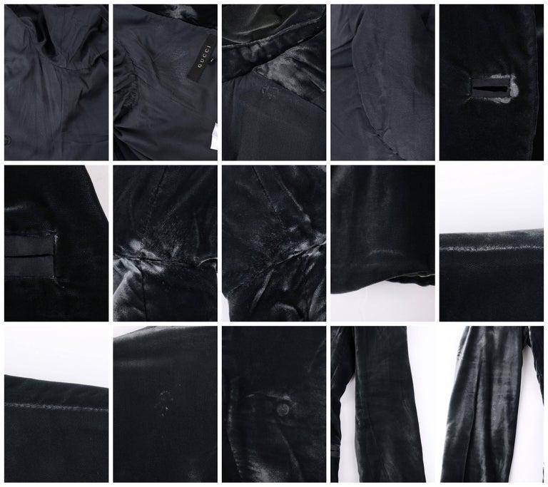 GUCCI A/W 2004 TOM FORD Charcoal Gray Velvet Peak Lapel Tuxedo Jacket Blazer For Sale 4