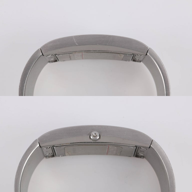 e84e86f046b GUCCI 2400L Black Oval Dial Stainless Steel Ladies Bangle Bracelet Watch For  Sale 2