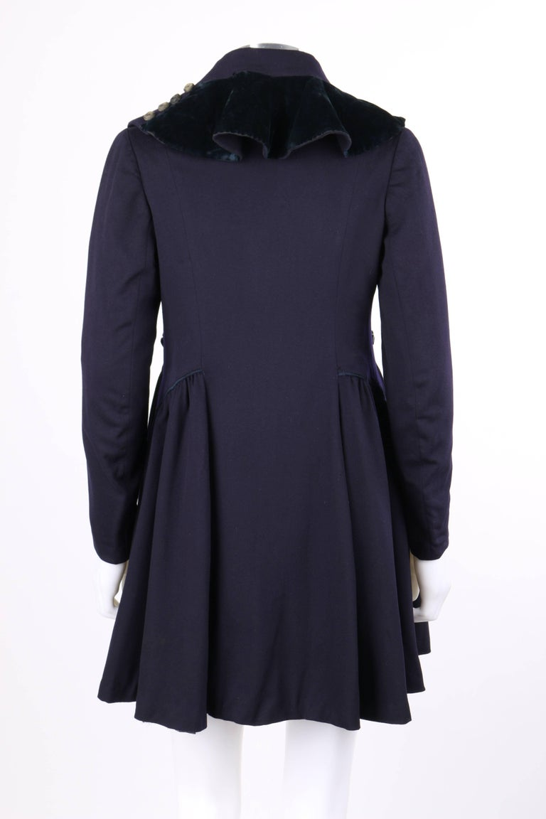 COUTURE c.1910's Edwardian WWI Navy Blue Wool Military Walking Coat In Good Condition For Sale In Thiensville, WI