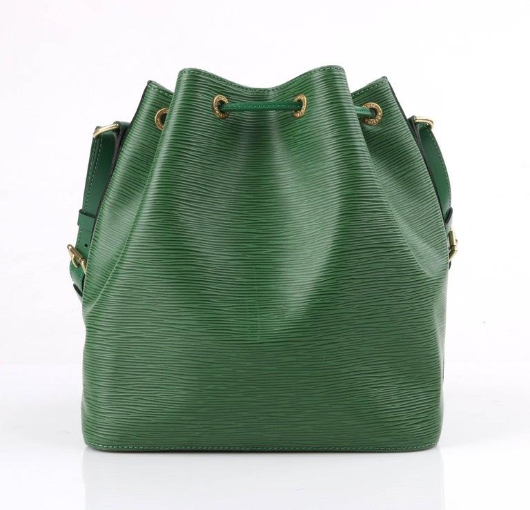Louis Vuitton C.1997 petit Noe Green Epi Leather Drawstring Shoulder Bag Purse rayUTI0