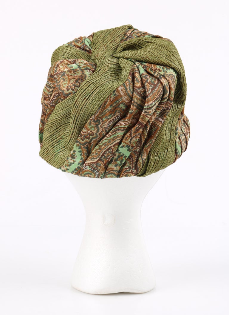 Miss Dior by CHRISTIAN DIOR c.1960s Green Paisley Silk & Straw Pleated Toque Hat In Good Condition For Sale In Thiensville, WI