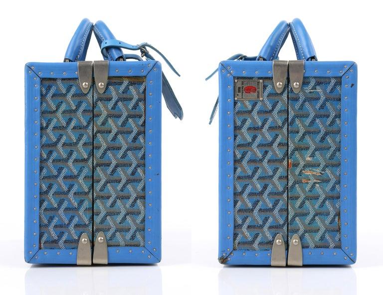 GOYARD c.2002 Blue Goyardine Pet Bowl Carrier Travel Trunk Limited Edition No 17 For Sale 1