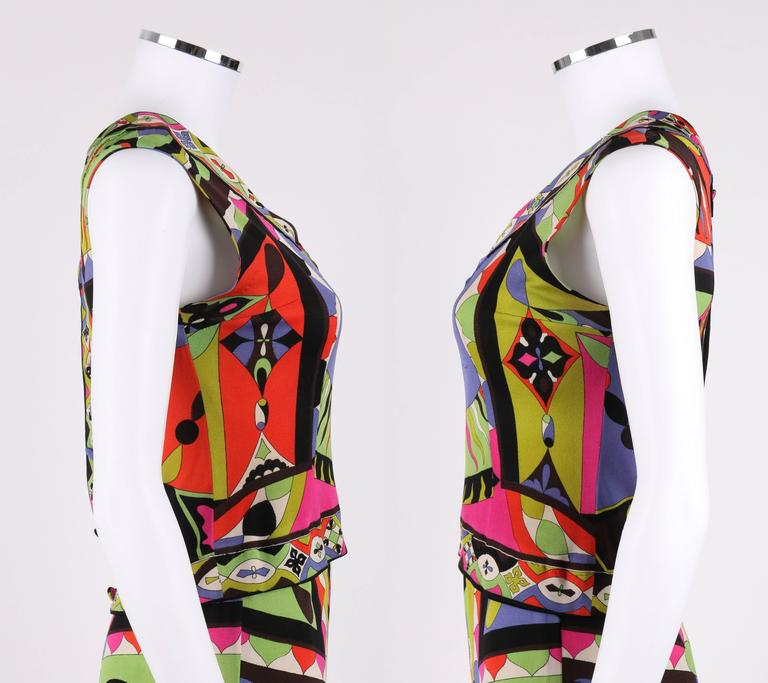 EMILIO PUCCI 1960s 2pc Multicolor Signature Print Silk V-neck Top Skirt Dress In Good Condition For Sale In Thiensville, WI