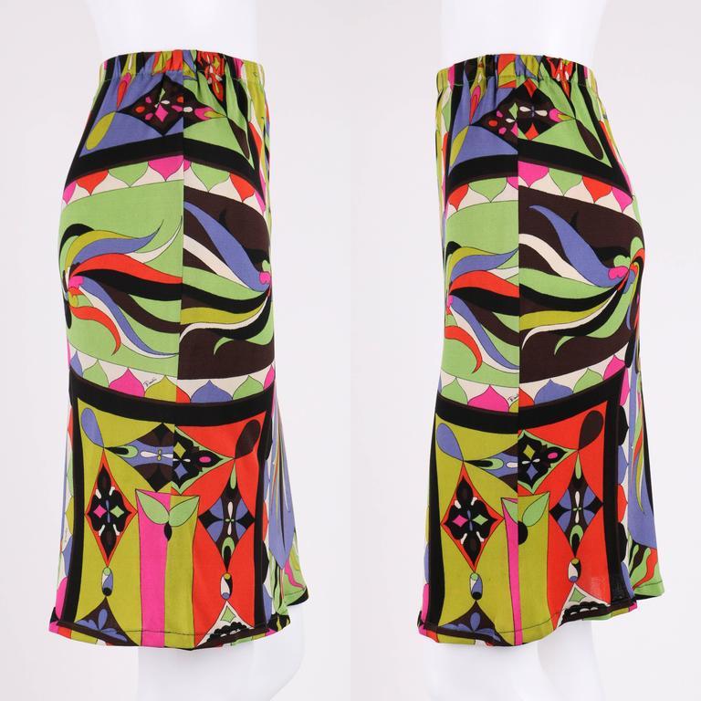 EMILIO PUCCI 1960s 2pc Multicolor Signature Print Silk V-neck Top Skirt Dress For Sale 2