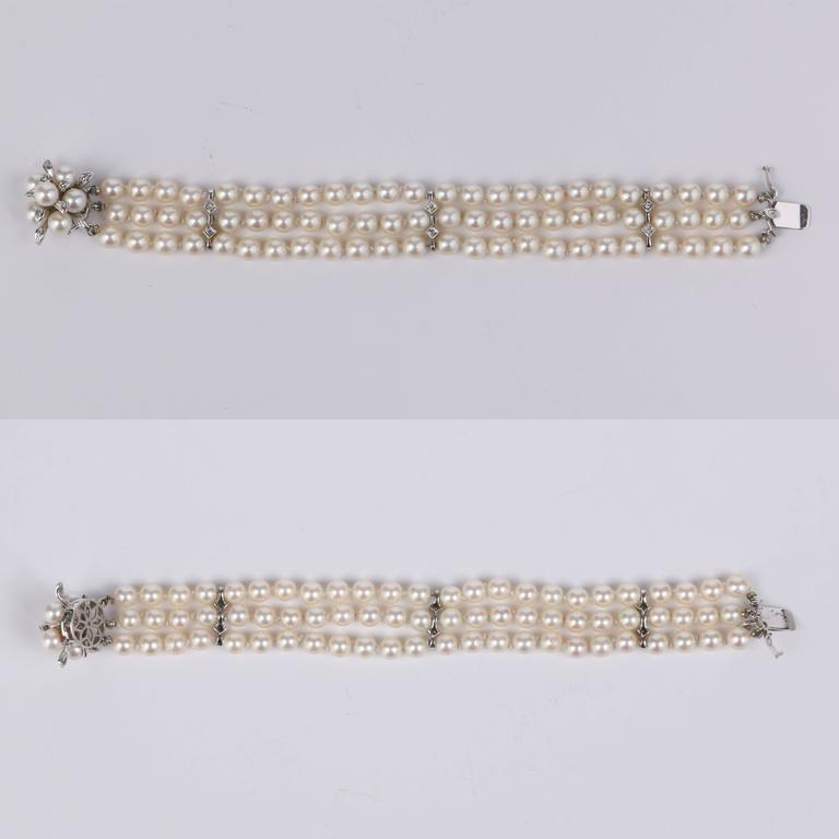 Women's CULTURED PEARL c.1950's 6MM 14KT White Gold Triple Strand Floral Bracelet For Sale