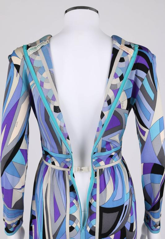 EMILIO PUCCI c.1960's Blue Signature Print V-neckline Long Sleeve Silk Dress For Sale 3