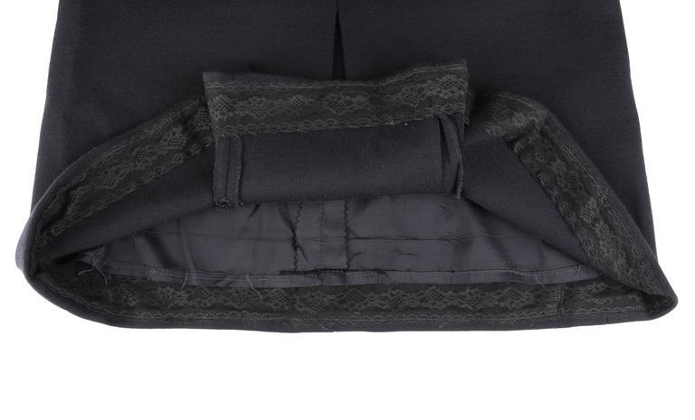 JEAN PATOU c.1960's KARL LAGERFELD Black Short Sleeve Mod 100% Wool Shift Dress For Sale 5