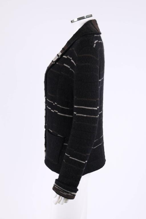 CHANEL A/W 2009 Shawl Collar Button Front Knit Cardigan Sweater Size 40 In Excellent Condition For Sale In Thiensville, WI
