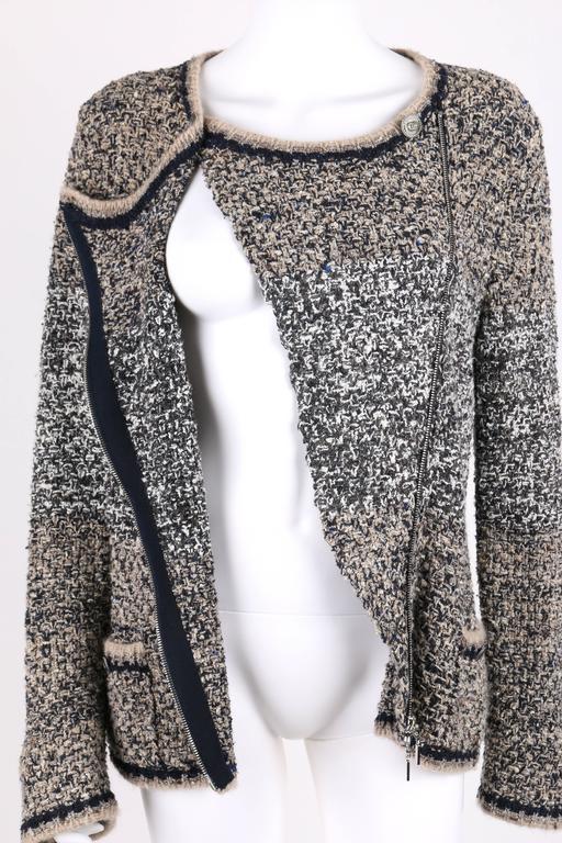 CHANEL A/W 2011 A-Symmetrical Front Side Zip Knitwear Cardigan Jacket 42 For Sale 2