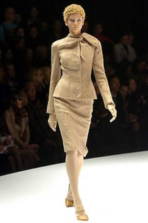 "ALEXANDER McQUEEN A/W 2004 ""Pantheon As Lecum"" 2 Piece Beige Blazer Skirt Suit 10"