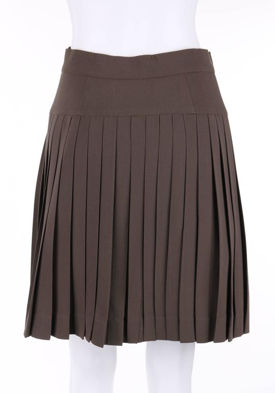 CHANEL c.1990's Dark Taupe Button Front Knife Pleated Skirt In Excellent Condition For Sale In Thiensville, WI