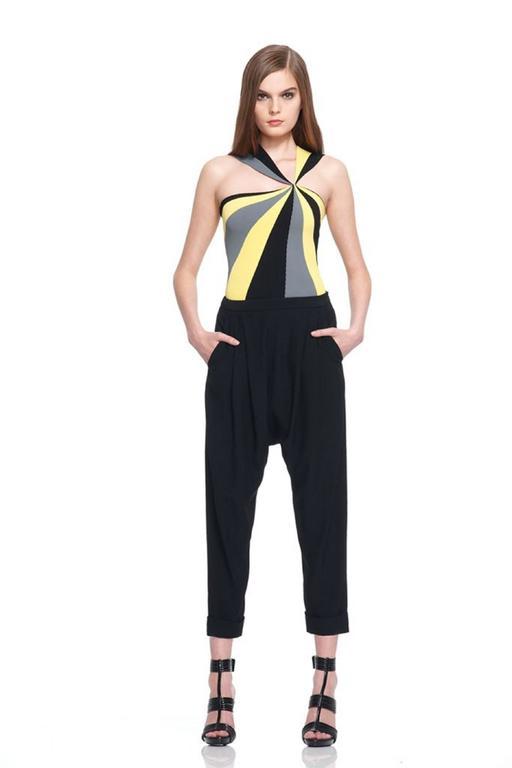 ALEXANDER McQUEEN Resort 2010 Yellow Black Gray Starburst Op Art Knit Tank Top For Sale 6