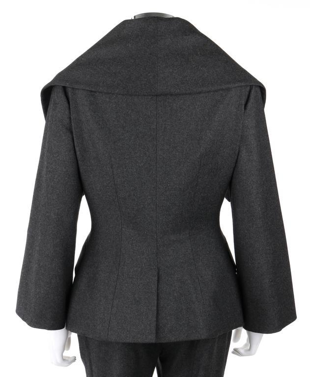 ALEXANDER McQUEEN Pre-Fall 2009 2 Piece Gray Wool Cashmere Blazer Pant Suit Set 5
