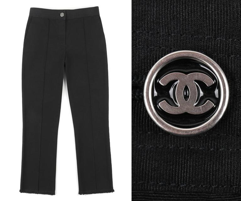 Chanel S/S 2004 black cotton stretch gaberdine capri / ankle length pants. Straight cut. Center front zip fly with silver and black
