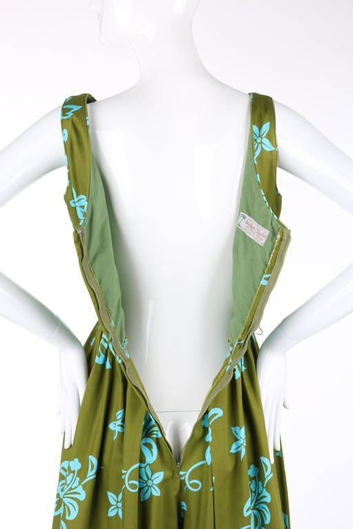WALTAH CLARKE'S HAWAIIAN SHOP c.1960's Olive Green & Turquoise Floral Jumpsuit For Sale 3