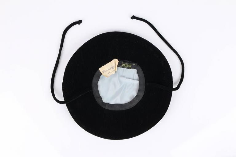 YVES SAINT LAURENT c.1960's YSL Mod Black Velvet Saucer Tam Hat For Sale 5