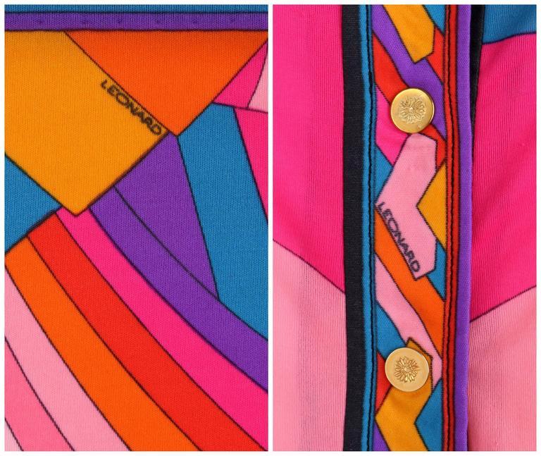 LEONARD Paris c.1973 Fashion Multicolor Geometric Signature Print Blouse For Sale 2