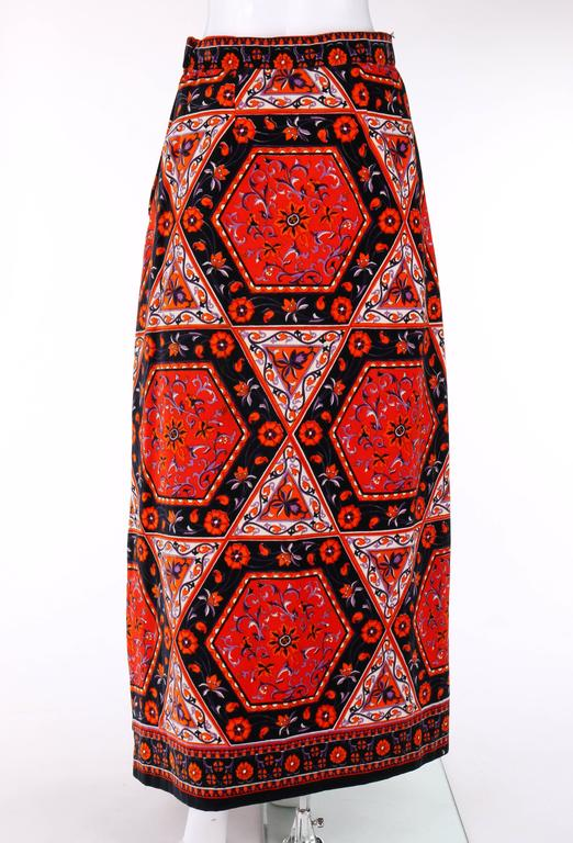 MR. DINO c.1970's Multicolor Floral Geometric Print Velvet Maxi Skirt In Good Condition For Sale In Thiensville, WI