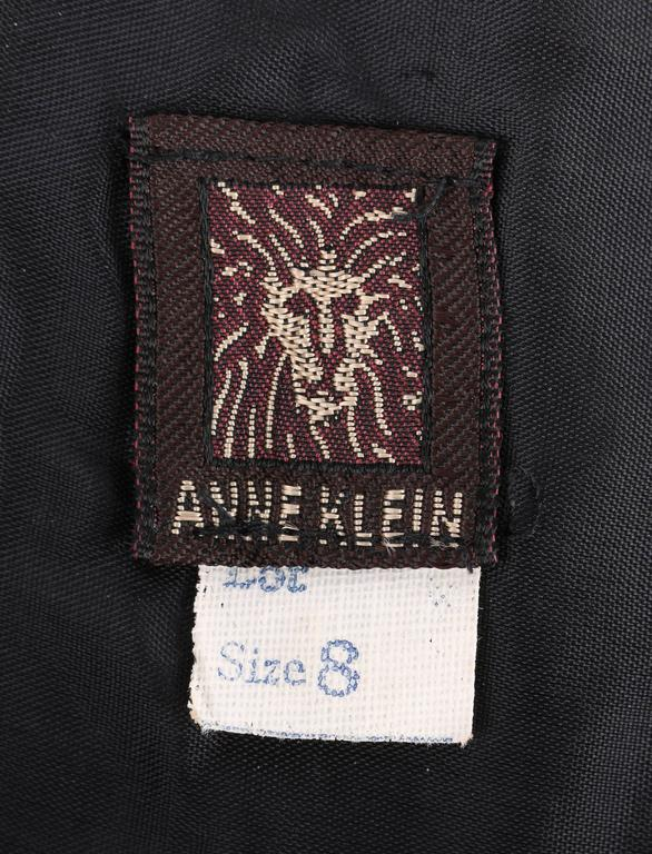 ANNE KLEIN c.1970's Red & Black Diamond Wool Felt A-line Skirt For Sale 2