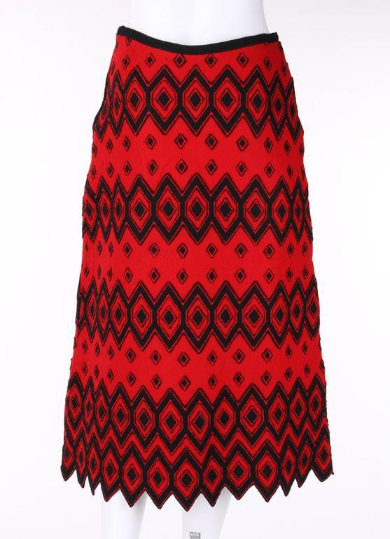 Women's ANNE KLEIN c.1970's Red & Black Diamond Wool Felt A-line Skirt For Sale