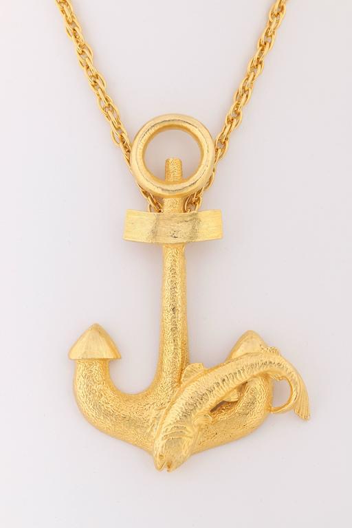 HATTIE CARNEGIE c.1970's Large Gold Fish & Anchor Pendant Statement Necklace 3