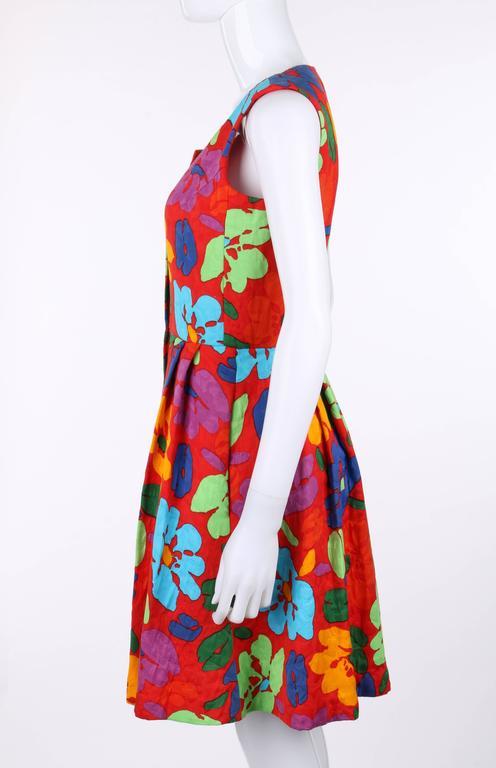 OSCAR DE LA RENTA c.1990's Red Multicolor Floral Print Button Front Day Dress For Sale 1