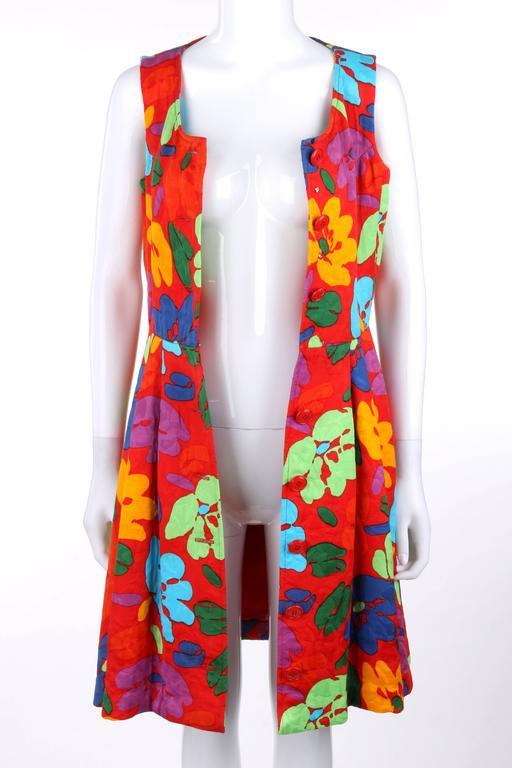 OSCAR DE LA RENTA c.1990's Red Multicolor Floral Print Button Front Day Dress For Sale 2
