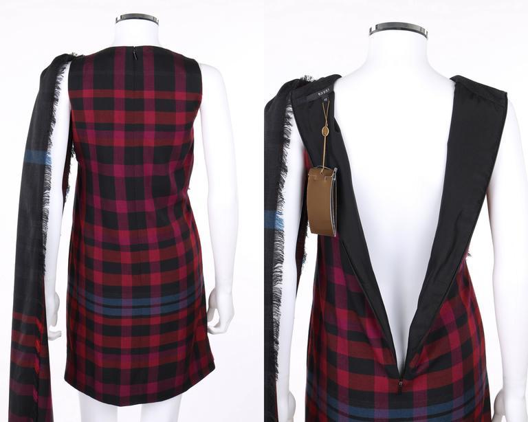 GUCCI A/W 2008 Red & Blue Tartan Plaid Wool Silk Kilt Shift Dress NWT For Sale 2
