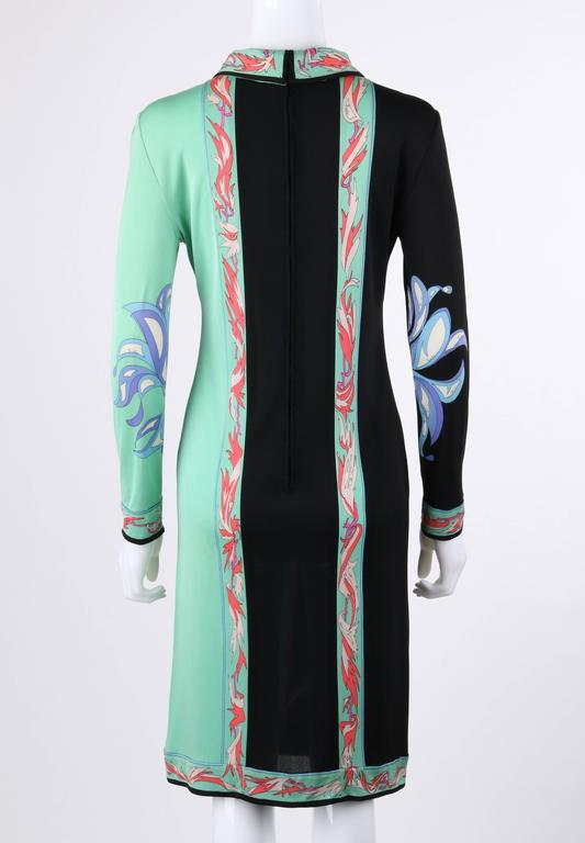 EMILIO PUCCI c.1970's Mint Green & Black Colorblock Floral Signature Print Dress In Excellent Condition For Sale In Thiensville, WI