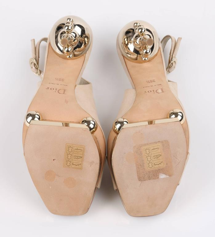CHRISTIAN DIOR Resort 2008 Beige Metallic Gold Suede Sculpted Heel Platform Pump For Sale 3